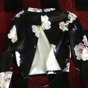 Charlotte Russe Tops - Black Floral Long-Sleeve Crop Top